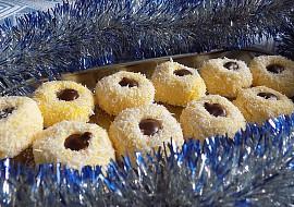 Kokosová hnízda z vařených žloutků