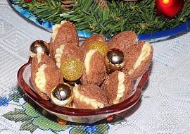 Křehké ořechy s falešnou šlehačkou