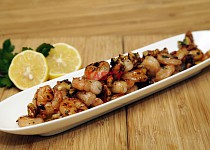 Krevety v pikantné medovéj marinádě s vlašskými ořechy