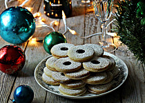 Nejen vánoční linecké vykrajované cukroví