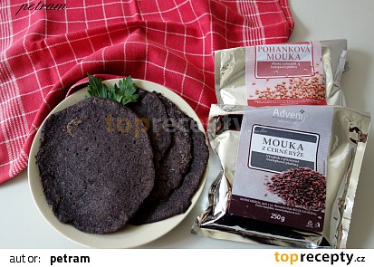 Palačinky z černé rýže a pohanky