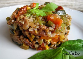 Pohanka s restovanou zeleninou