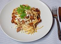 Rychlé špagety s rajčaty a mozzarellou