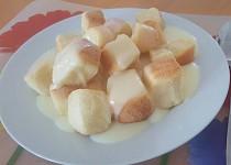 Buchtičky s vanilkovým pudinkem