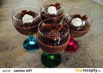 Mátovo-čokoládový pudink s chia semínky