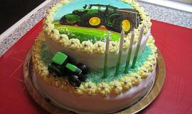 Patrový traktorový dort