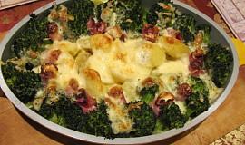 Brokolice ve smetaně s brambory a slaninou