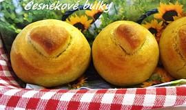 Česnekové bulky