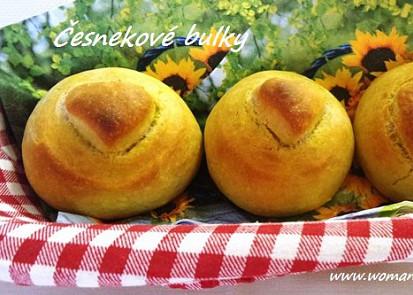 Česnekové bulky - varianta z droždí