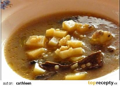 Grumbírová polévka s hřibama