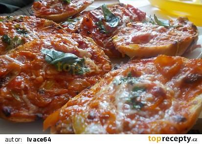 Prima večeře - pizza housky (zapečenky)
