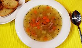 Falešná ovarová polévka s kroupami