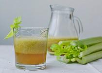 Jablečno-celerové smoothie