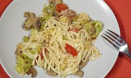 Kuře s pórkem, žampiony a špagetami