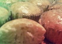 Základní muffiny s medovo-skořicovou polevou