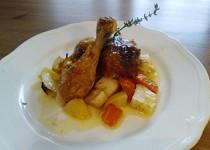 Pečené citrónové kuře s tymiánem a kořenovou zeleninou