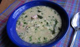 Drožďová polévka s ovesnými vločkami, vejci a šunkou
