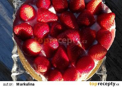Jahodové srdce z celozrnné mouky s krémem mascarpone