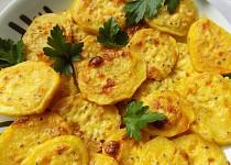 Pečené brambory se smetanovou hořčicí a sýrem