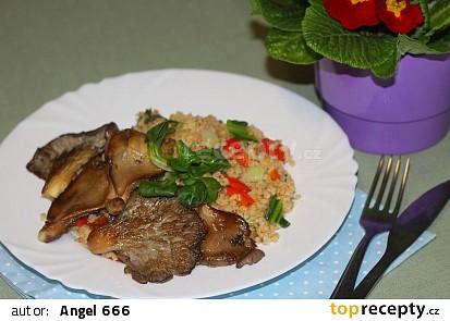 Zeleninový bulgur s hlívou
