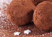 Kuličky z ovesných vloček s příchutí kakaa