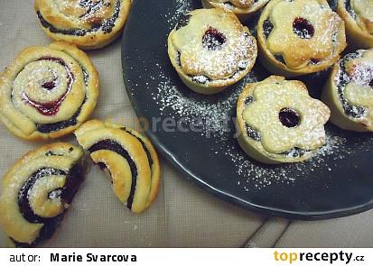 Makové křehké muffiny