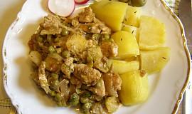 Směs krůtích prsou a zeleniny