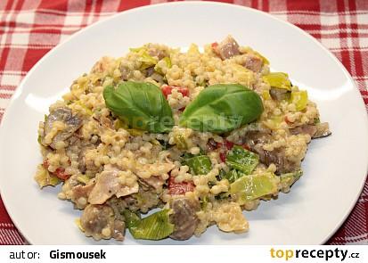 Kroupový salát s pórkem a houbami