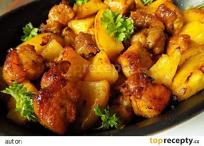 Bůček na zázvoru pečený s bramborami