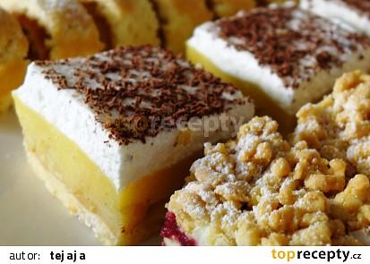 Lehký jablkový koláč