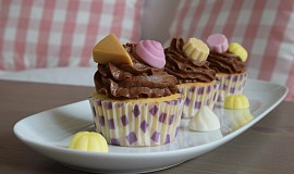 Vanilkové cupcakes s Pedro dezertíky