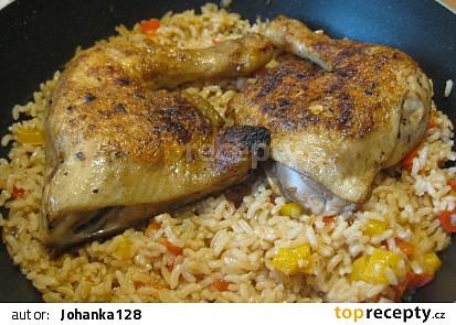 Kuřecí stehna s paprikovou rýží