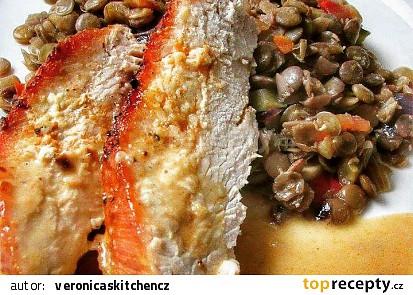Pečená krůtí prsa s teplým čočkovým salátem