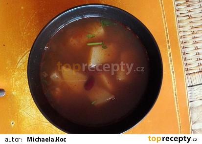 Fazolová polévka s bramborami