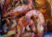 Krevety v pikantní zelenině na egyptský způsob
