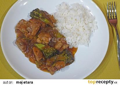 Kuřecí nugetky s brokolicí