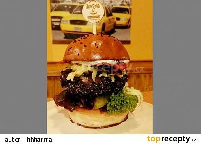 Pravý americký 100% hovězí Cheddar Bacon Burger