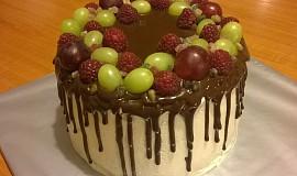 Bezlepkový  dort s ovocem a polevou