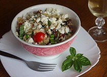 Kuskusový salát s balkánským sýrem