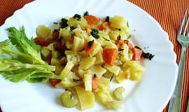 Řecké brambory s řapíkatým celerem