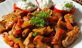 Chilli nudličky z krkovice s tzaziky