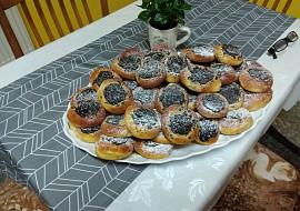 Cuketové koláčky s povidly