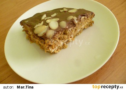 Mrkvový dort s hořkou čokoládou
