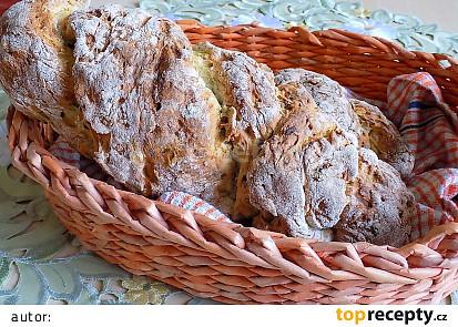 Italský cuketovo-semínkový chléb
