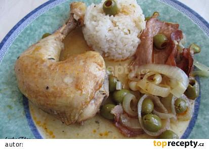 Kuřecí stehna dušená s olivami a slaninou