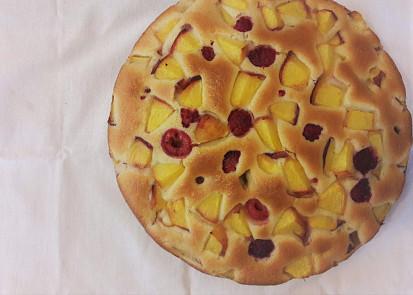 Nadýchaný ovocný koláč