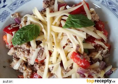 Sardinkový  salát se sýrem .Zdravá  rychlovka