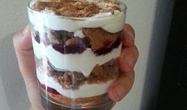 Sušenkový dezert do skleničky