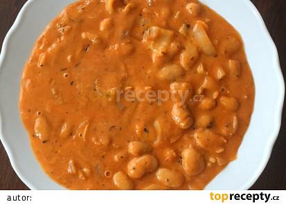 Bilé fazole v sýrovo-kečupové omáčce s bílou paprikou, podle Eduarda