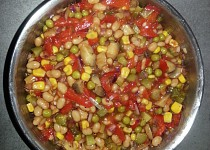 Pikantní salát ke grilovanému masu